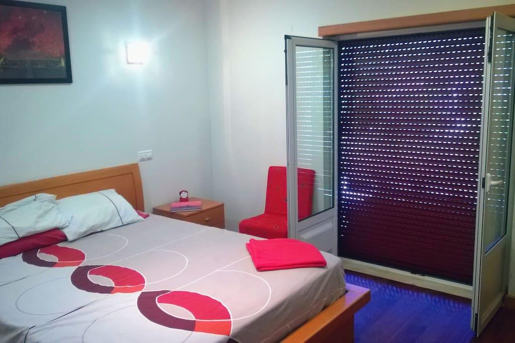 O Quarto Vermelho / The Red Room (3)