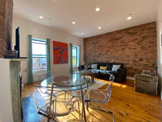 Brooklyn's Best- Sunny & Spacious Brownstone Apt