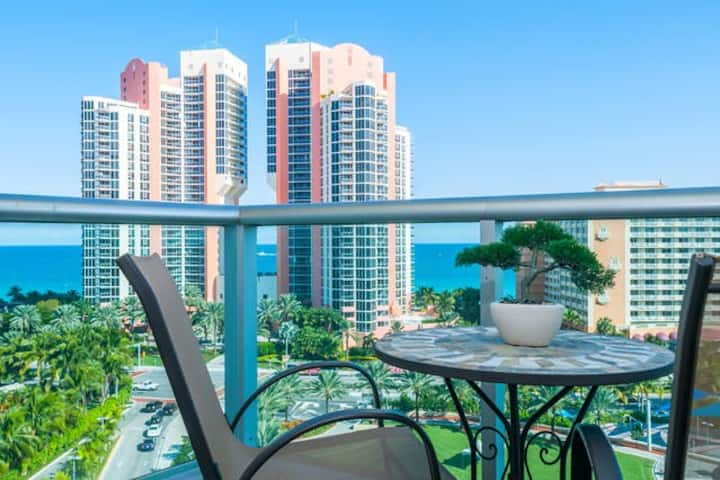 SUPERB OCEAN VIEW 1BD/1,5 BTH  СONDO