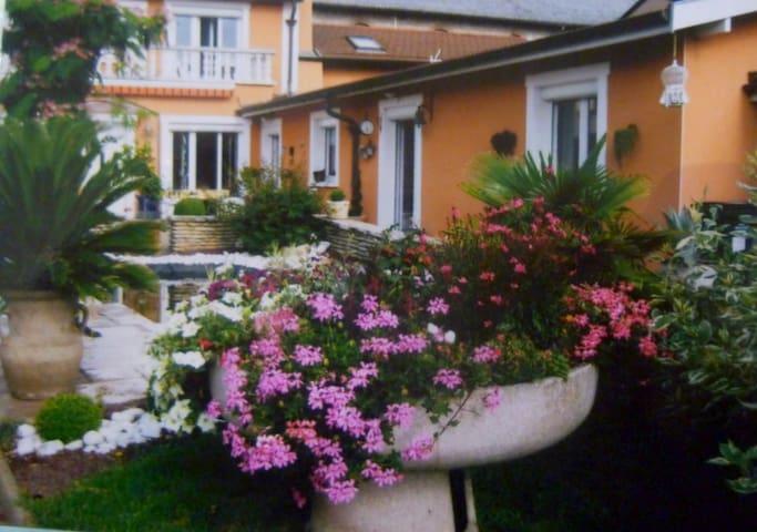 Maison  Sud lyon - Saint-Genis-Laval - Dom