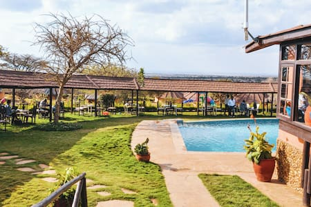 Amazing Kenya Resort
