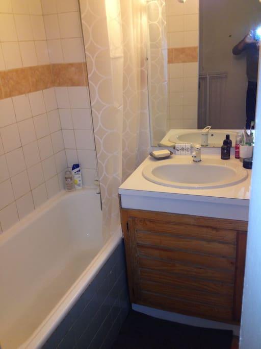 Bathroom with bath :)