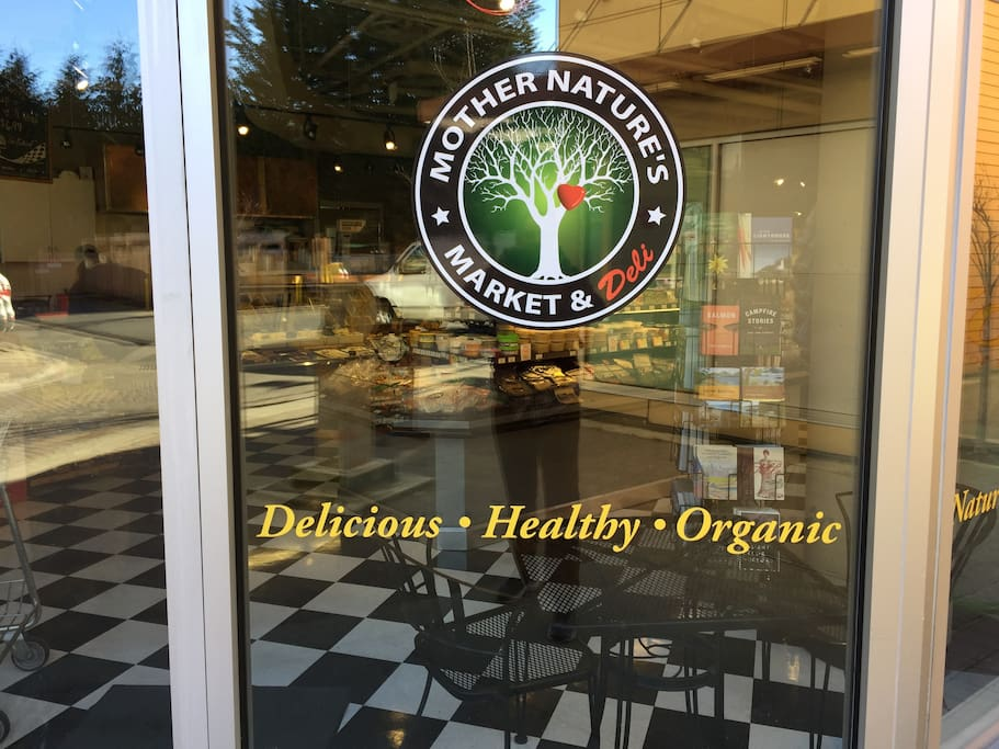 Organic grocery just own the steet