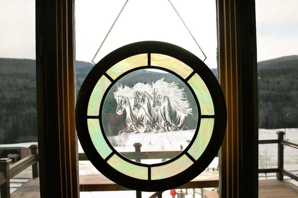 Icelandic Horses Etched in Glass, a special accent