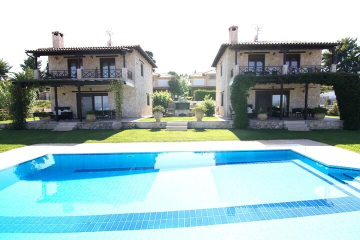 Jenny Pool Villa