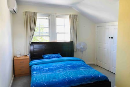 Double bed room upstairs in a great house No.3