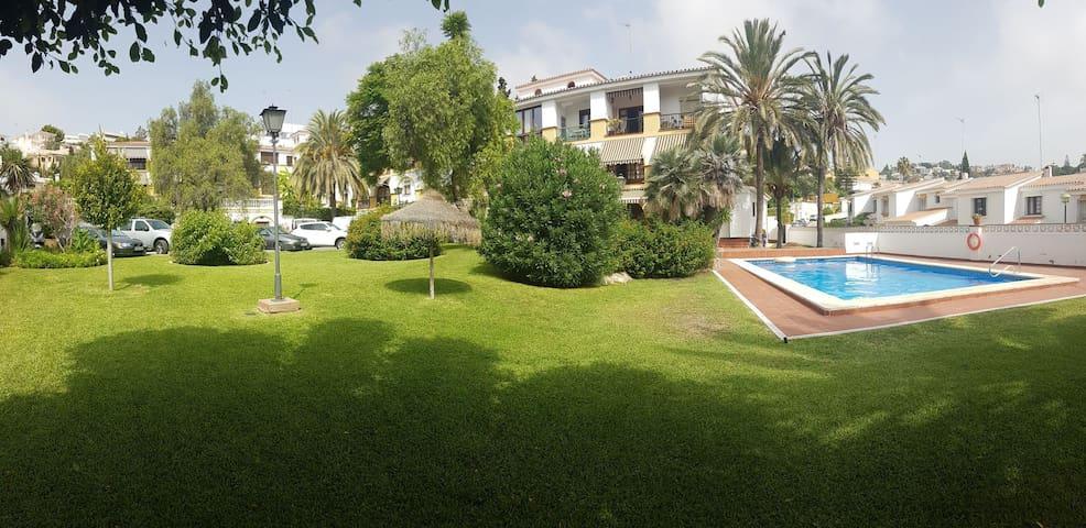 Swimming pool/WiFi/ Relax Garden