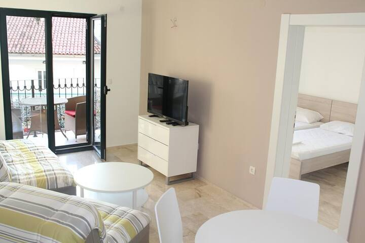 Villa Residence - One bedroom apartment for 5 #5
