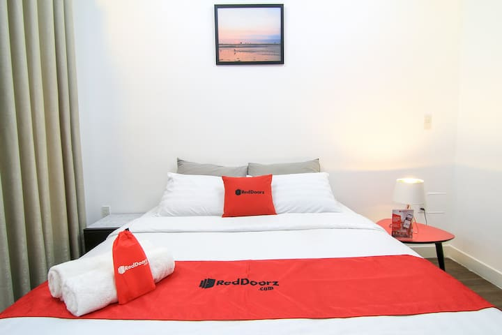 Deluxe Comfy Room, near Tan Dinh Church