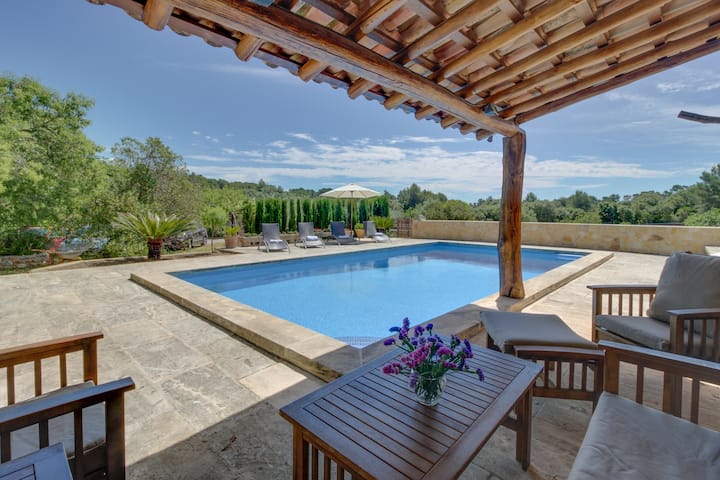 Villa Ses Eres, Beautiful Family Home with Pool