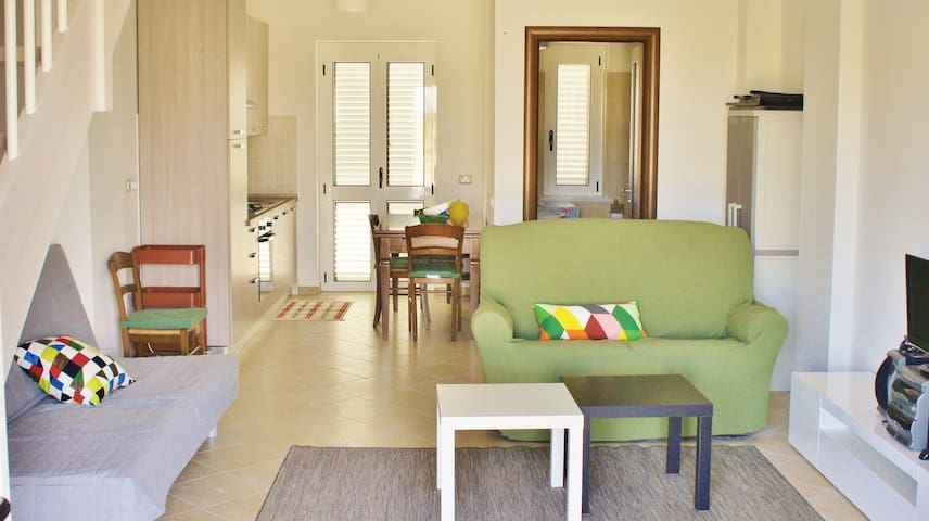 Lovely and Comfortable House Close to the Beach - Rossano - Huoneisto