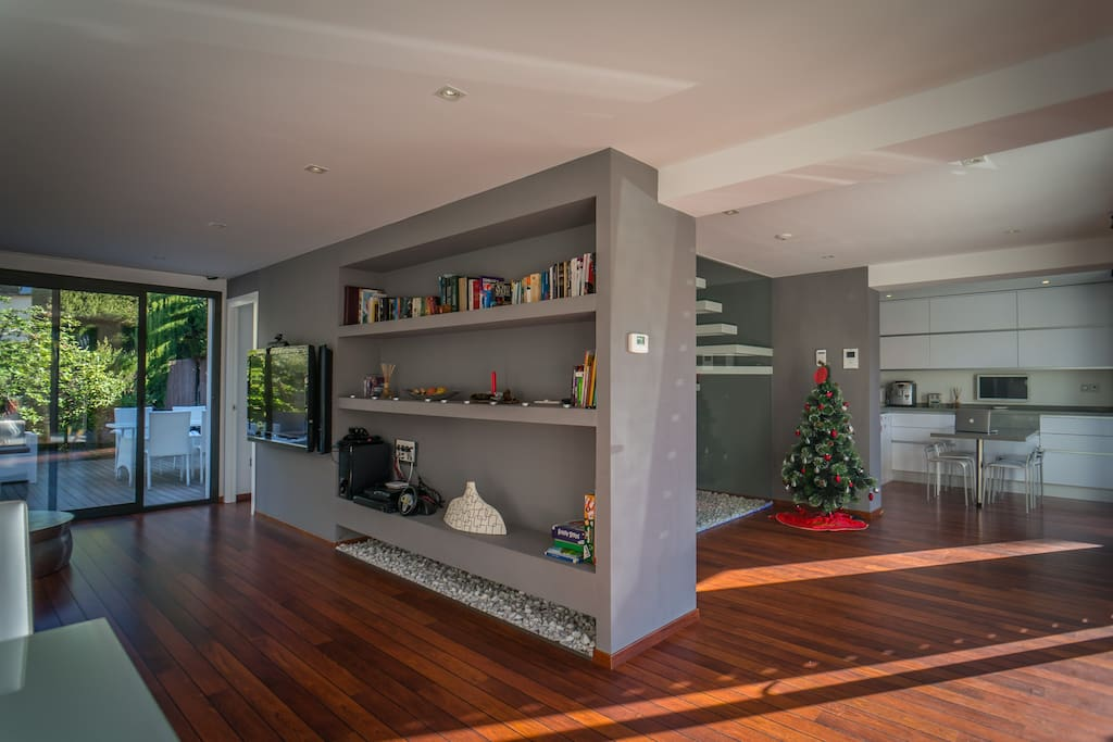 Living Room, Entrance and Kitchen