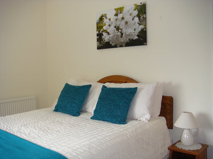 Double en suite Room - Bed and Breakfast
