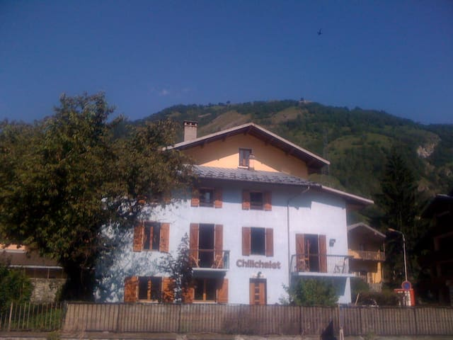 5 Bedroomed Home - Bourg-Saint-Maurice - Rumah
