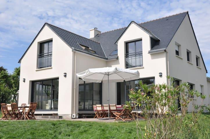 Belle Villa 4* pour 16+ pers, très comfortable - Saint-Gildas-de-Rhuys - Haus