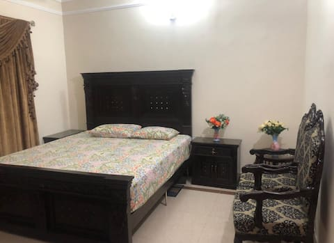 Cozy flat near Citi Housing Sialkot