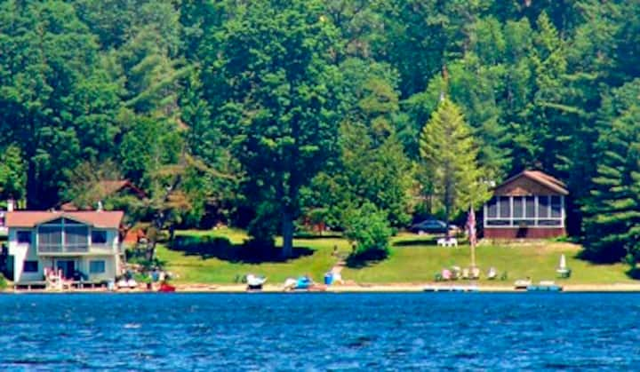 Raymond's Cottages, Brant Lake, NY - The Cardinal