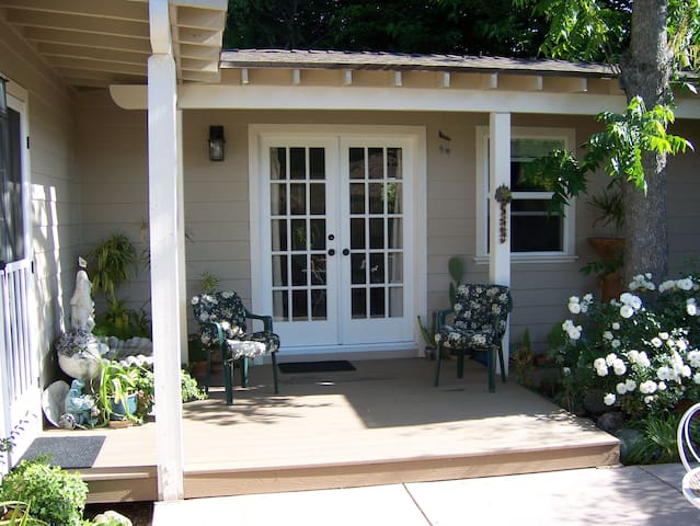 Retreat Studio in the Very Heart of Ojai - Ojai - Pis