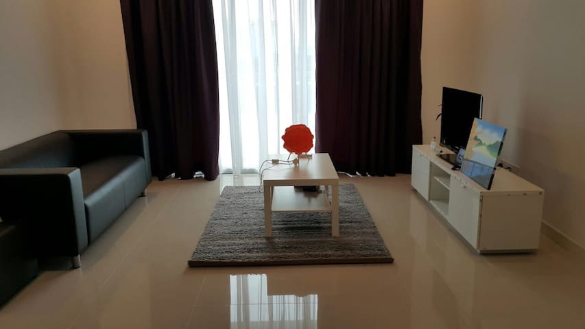 New, Spacious and Bright Condo | Near Mont Kiara - Kuala Lumpur - Appartement