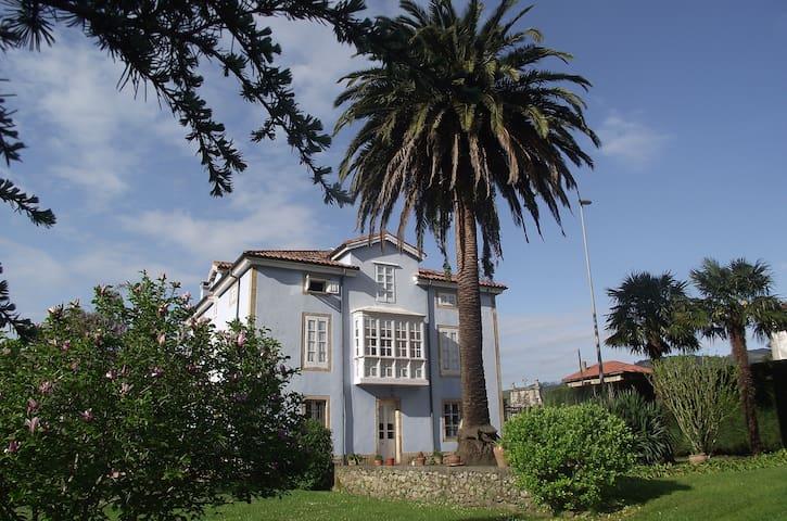 Una Casona de Indianos en Cantabria - Corvera - Villa