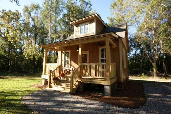 Country Cottage Outside Summerville - Ridgeville - กระท่อม