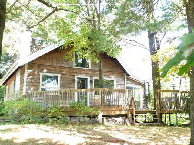Lumineux chalet / Luminous cottage