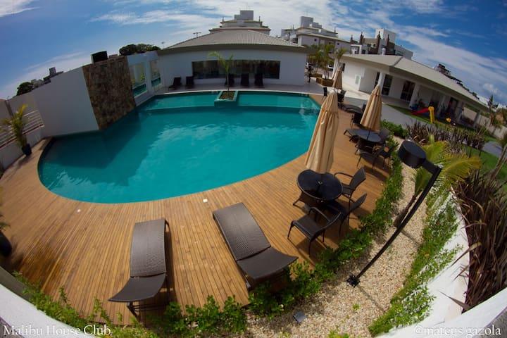 Malibu House Club - Florianopolis - Florianópolis - Apartamento