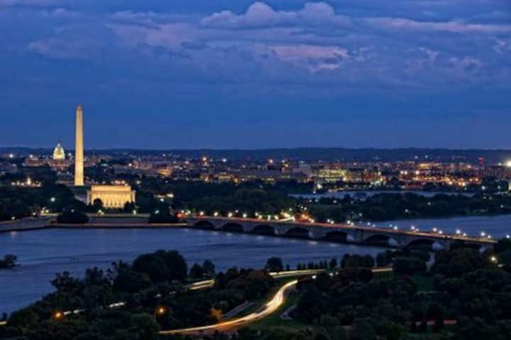 Super DC View/Near Metro/Gym/Walk to Georgetown✪