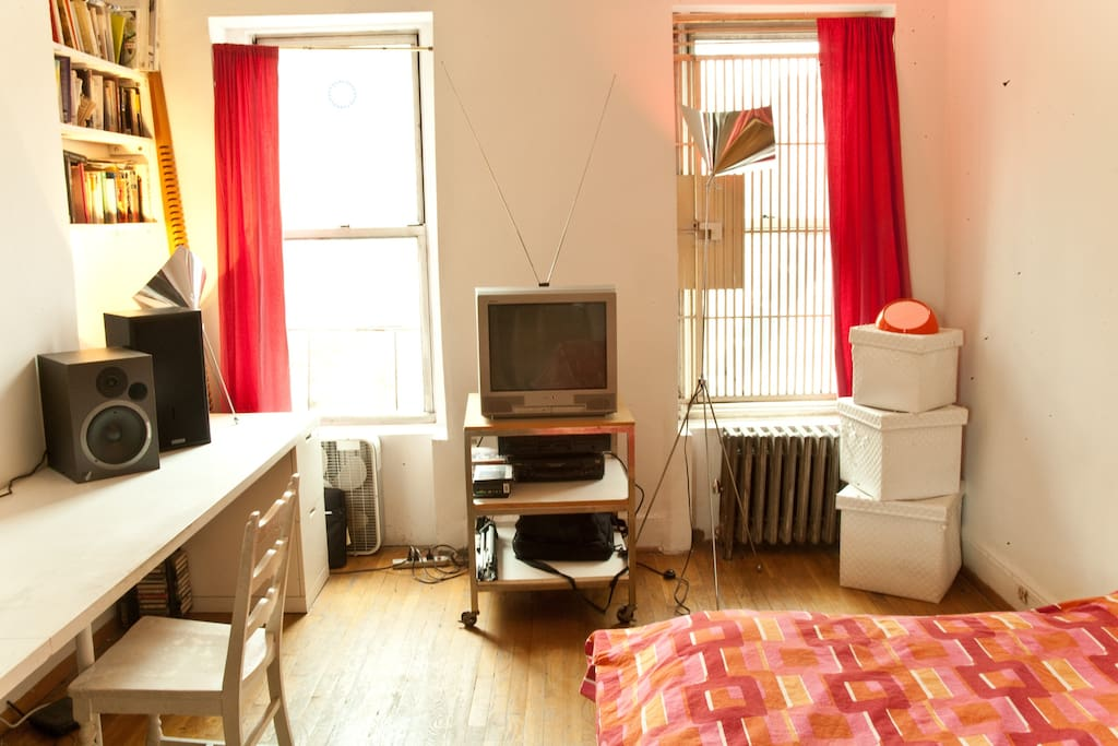 East village one bedroom apartment apartments for rent - 1 bedroom apartment in east new york ...