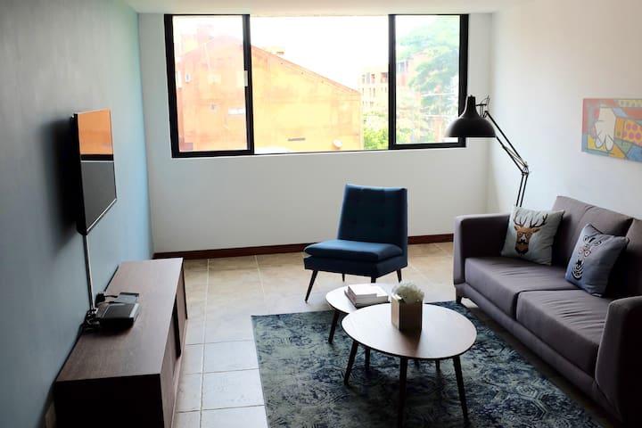 Best Location in El Peñon 10MB WIFI - Cali - Wohnung