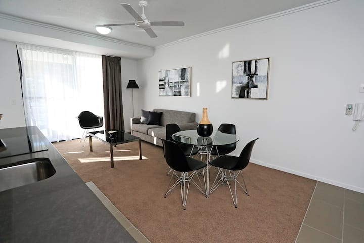 2 Bedroom 2 Bathroom Q Resorts Paddington
