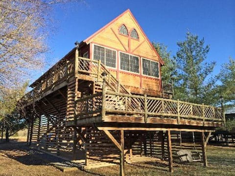 River's Loft Cabin, River Access Pets Stay Free