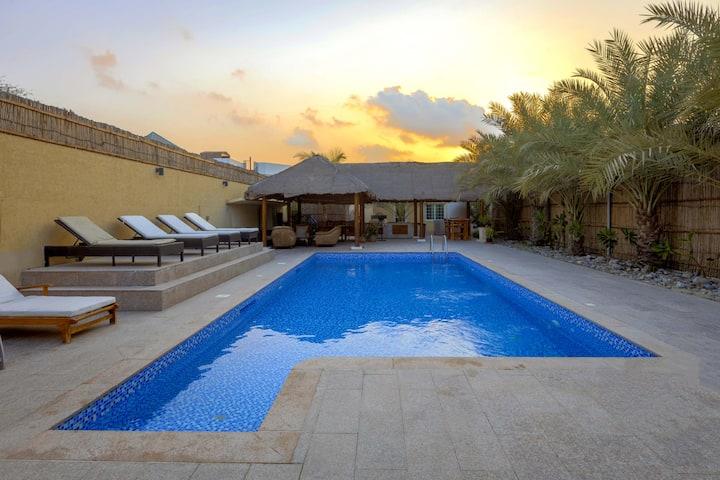 Dar 66 Villa with Private Pool 4BR