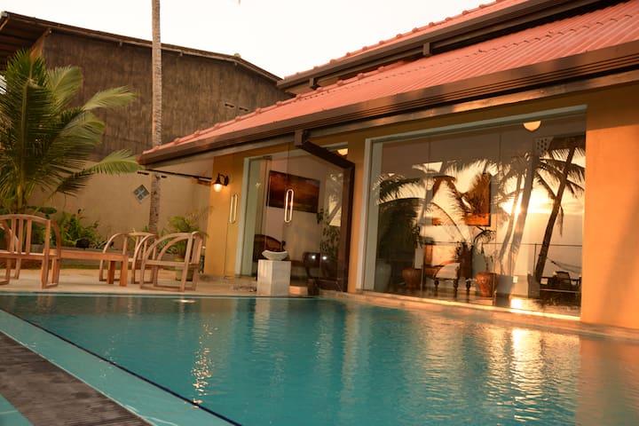 Aura Beach Villa