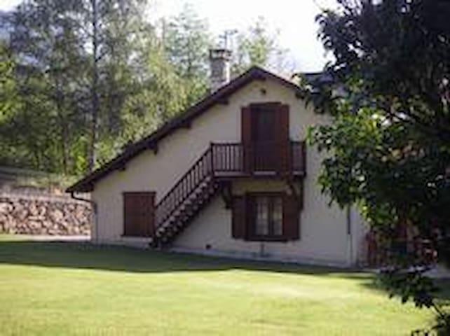 Apartamento tipo estudio - Aston - Hus