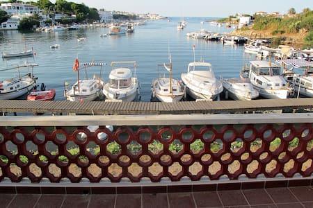 Para los que buscan tranquilidad... - Port d'Addaia - Puerto Luz (Mercadal) - Huoneisto