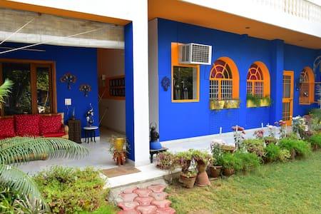Cosy Homestay Near Taj Mahal - อักรา - ที่พักพร้อมอาหารเช้า