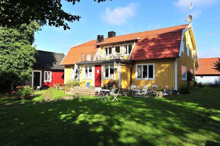 Strandnära boende på norra Öland - Löttorp - Villa