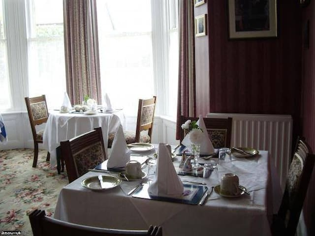 Charming Edwardian B and B - Port Erin - Penzion (B&B)