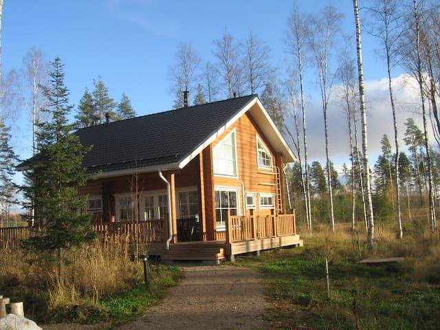 коттедж Saimaa Lakeside на берегу - Ruokolahti - House