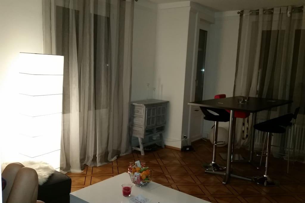 Chambre avec balcon pr s du chuv appartements louer lausanne vaud suisse - Location chambre lausanne ...