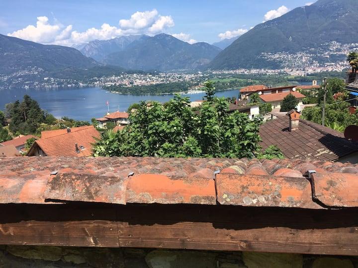 Tessiner Rustico am Lago Maggiore