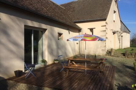 2 chambres aux Epeignes - Sainte-Jamme-sur-Sarthe - 独立屋