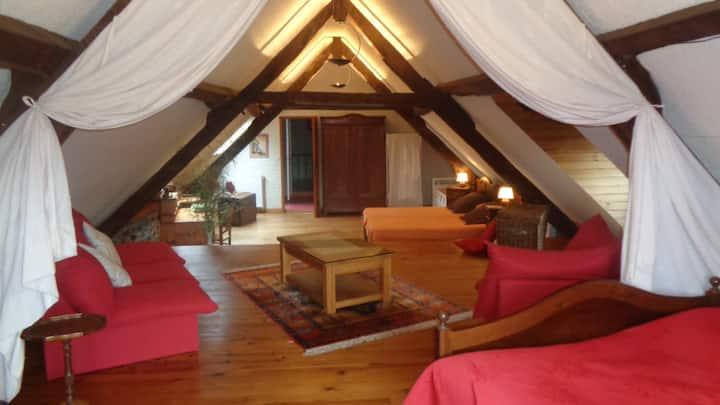 Chambre familiale Era Bòrda aux Clarines. Pyrénées