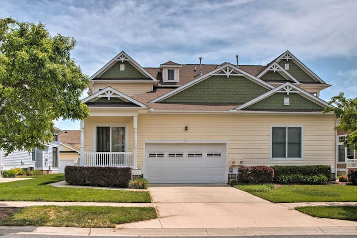 West Fenwick/Bayside Townhome ~4 Miles to Ocean!