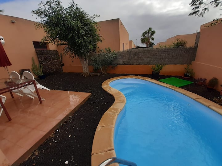 Villa Relax pool Corralejo