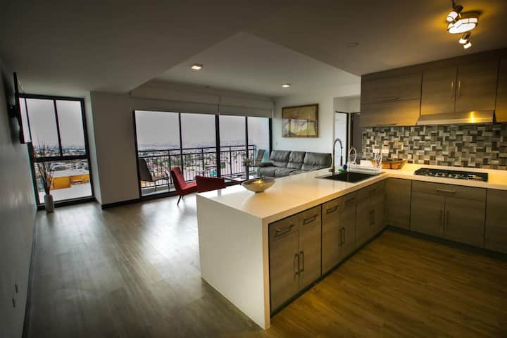 Altalia. Luxury 3 BR Apartment La Juarez