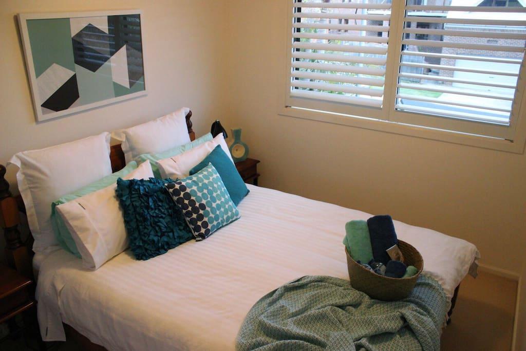 Your queen size Bedroom