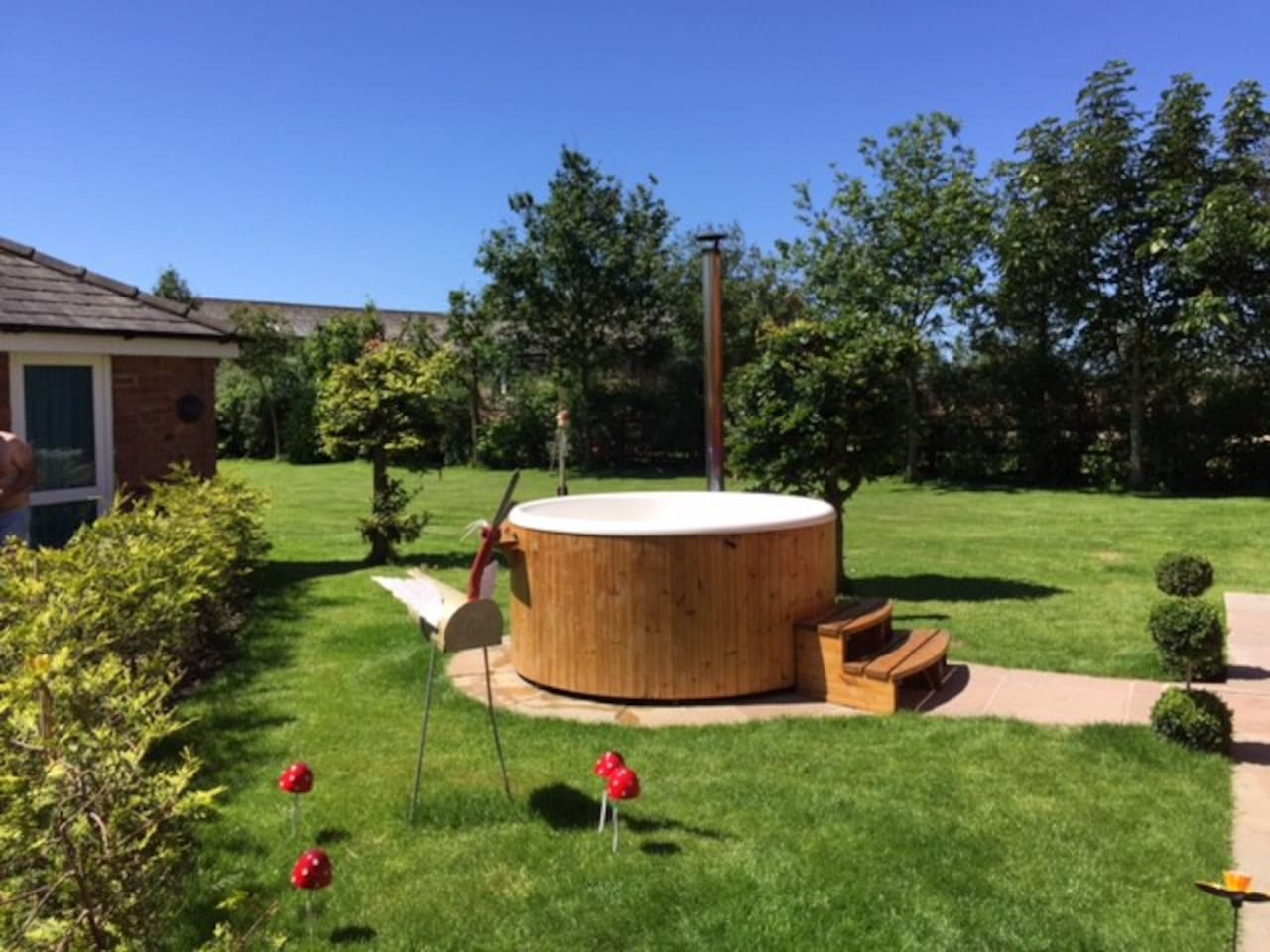 Wood fired hot tub, great in all weathers!