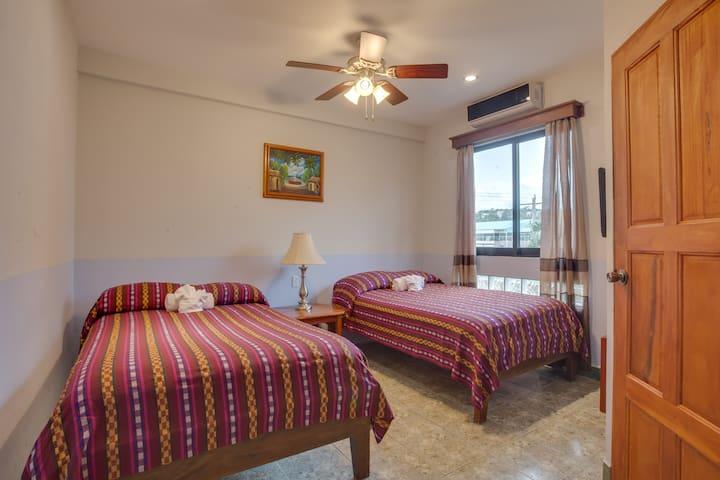 Downtown San Ignacio Room